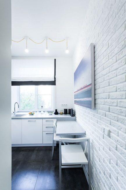 Белые стены визуально увеличивают пространство
