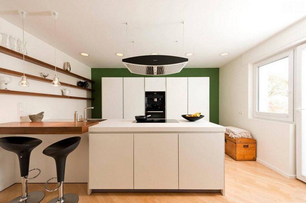 Малогабаритное помещение со светлым дизайном
