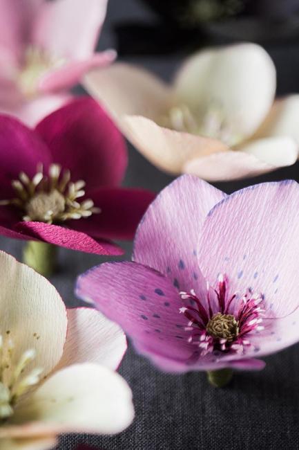 Бумажные нежные цветы