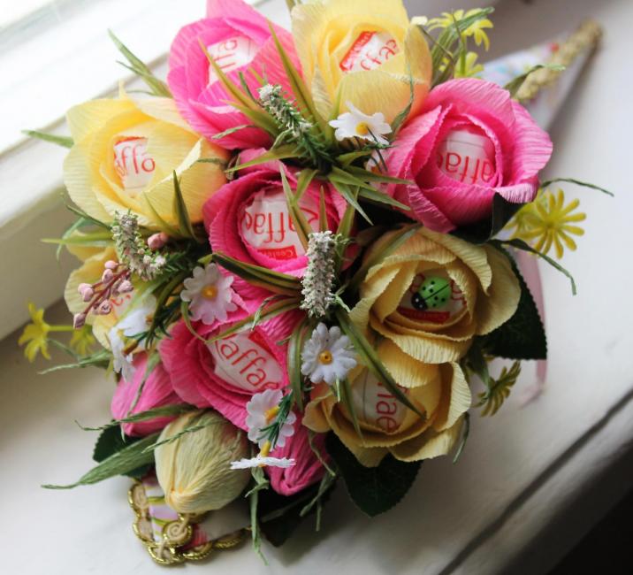 Благоухающая цветочная композиция