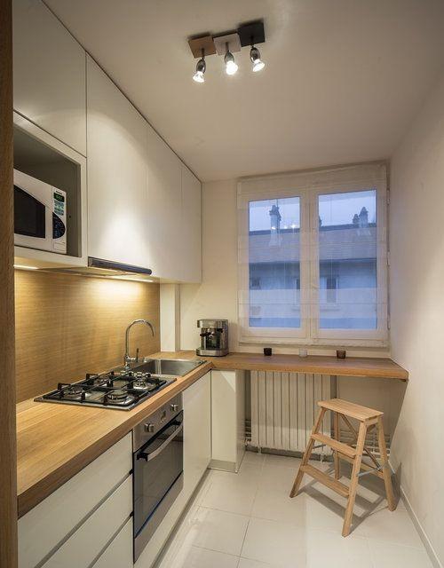 Складывающиеся стулья в интерьере кухни