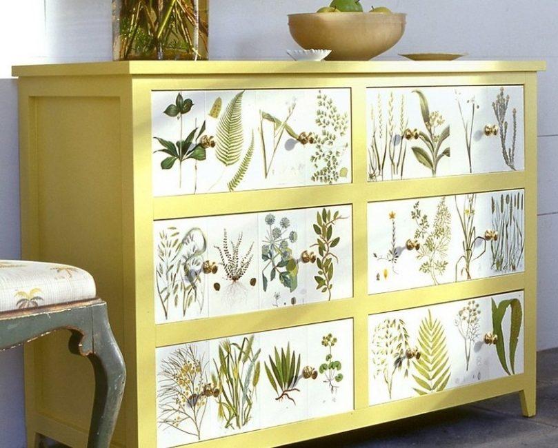 Даже замена фурнитуры делает мебель обновленной