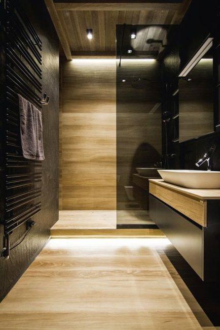 С таким шкафом в ванной комнате будет порядок