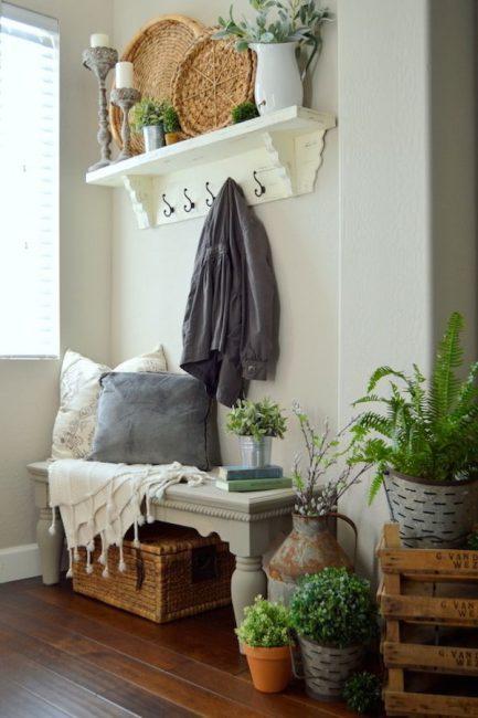 Оттенки зелени и дерева - тепло и уют
