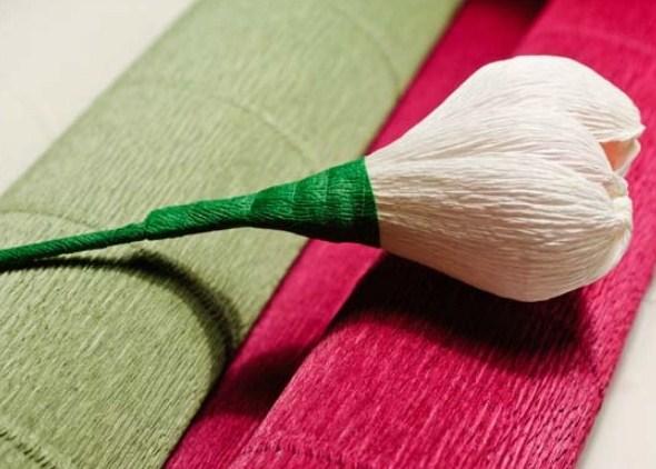 cvety-iz-bumagi-06-1 Цветы из гофрированной бумаги своими руками и конфет