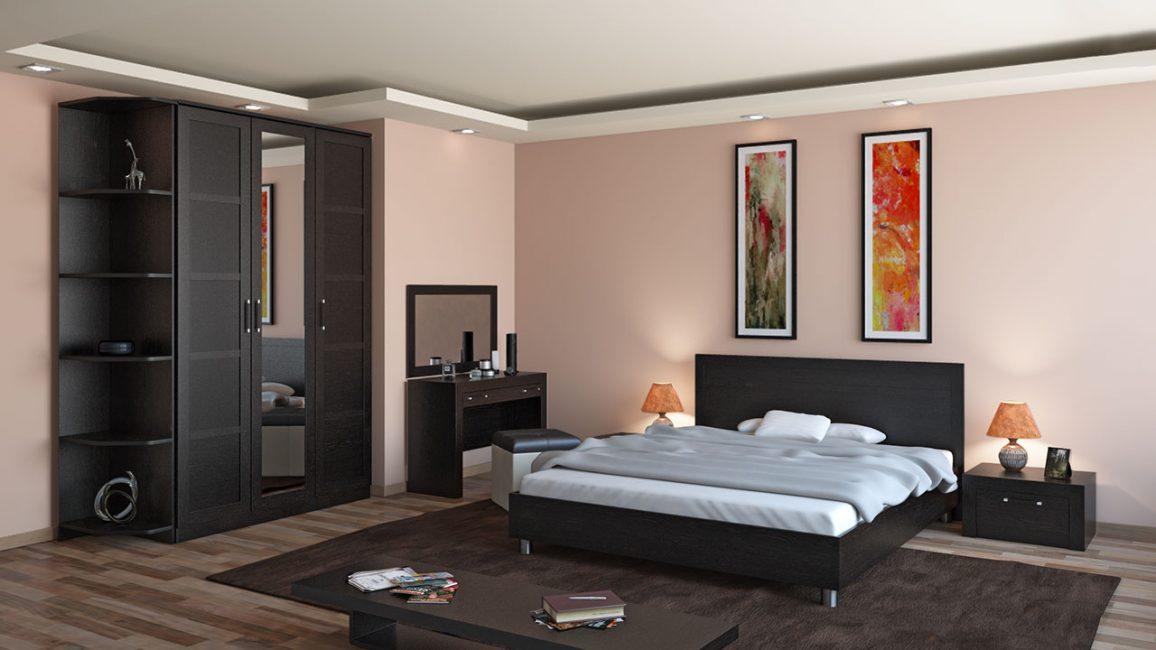 В большой комнате кровать лучше ставить по центру