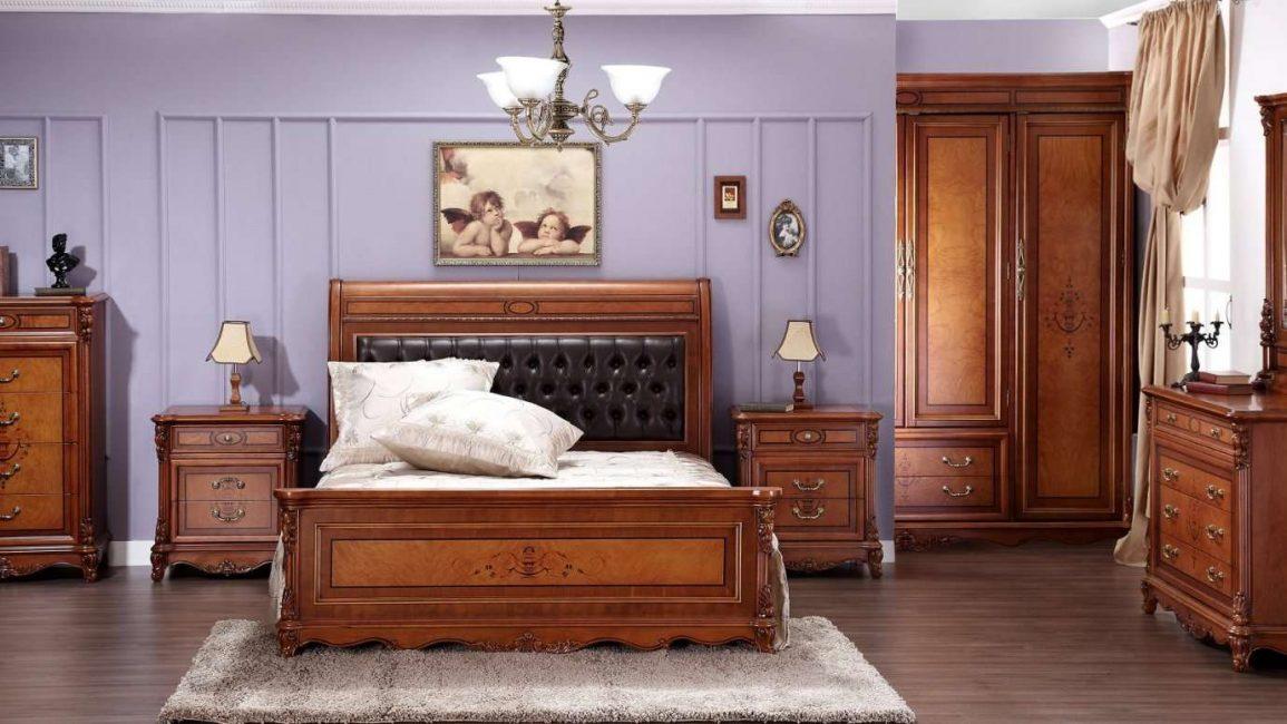 Мебель изготовленная из ценных деревьев