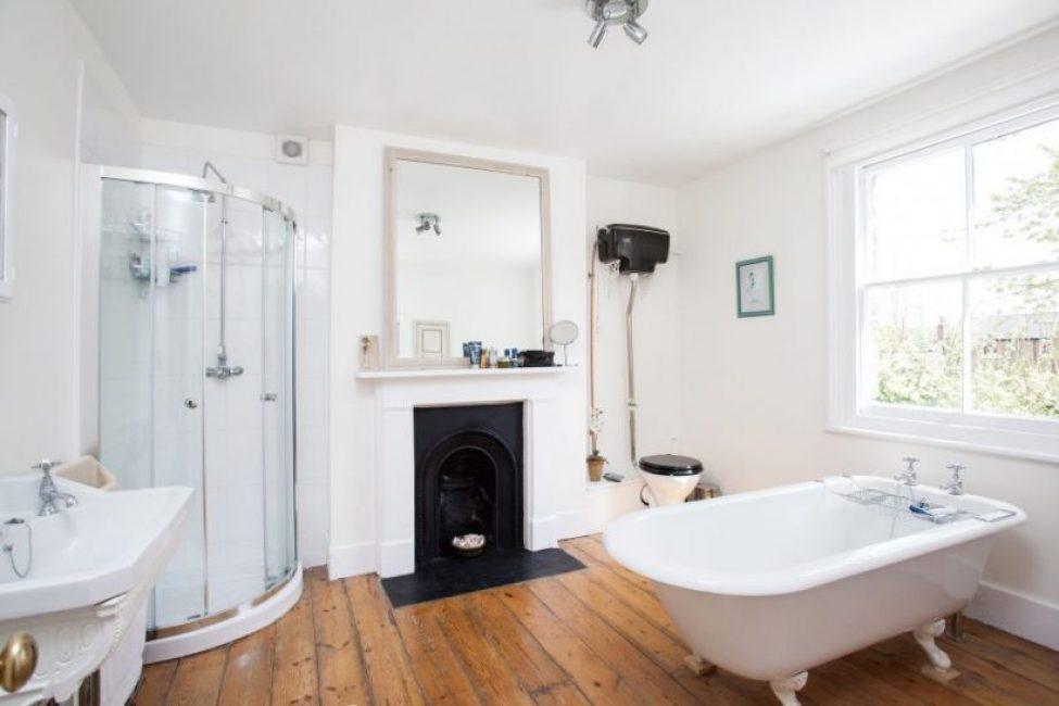 Белоснежная ванная в стиле прованс