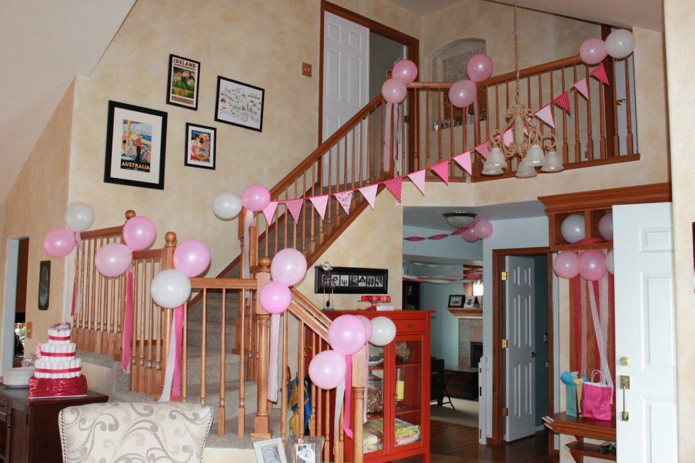 Украсьте празднично не только детскую, но и гостиную