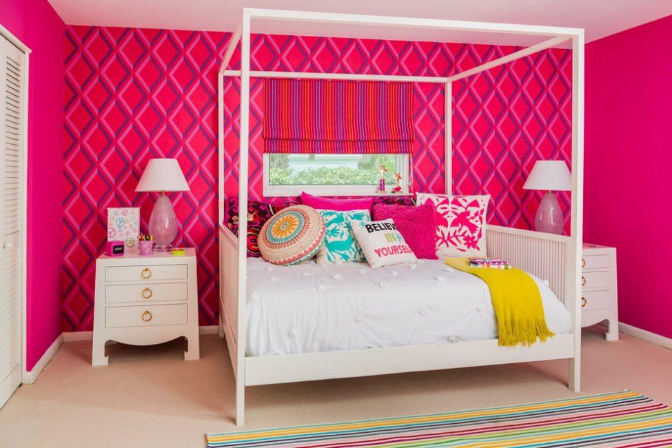 Дополняйте комнату разными аксессуарами и декором