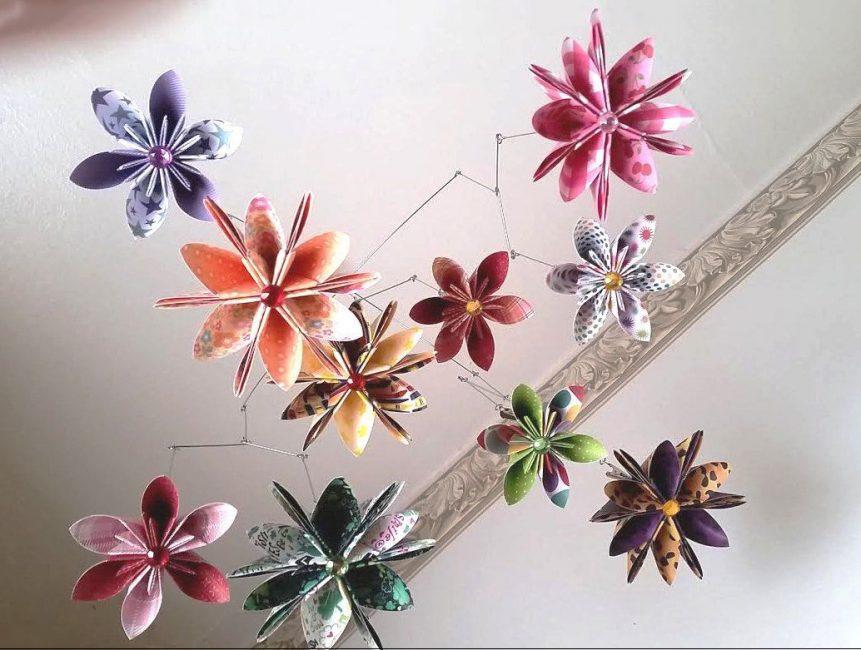 Подвесы из цветов