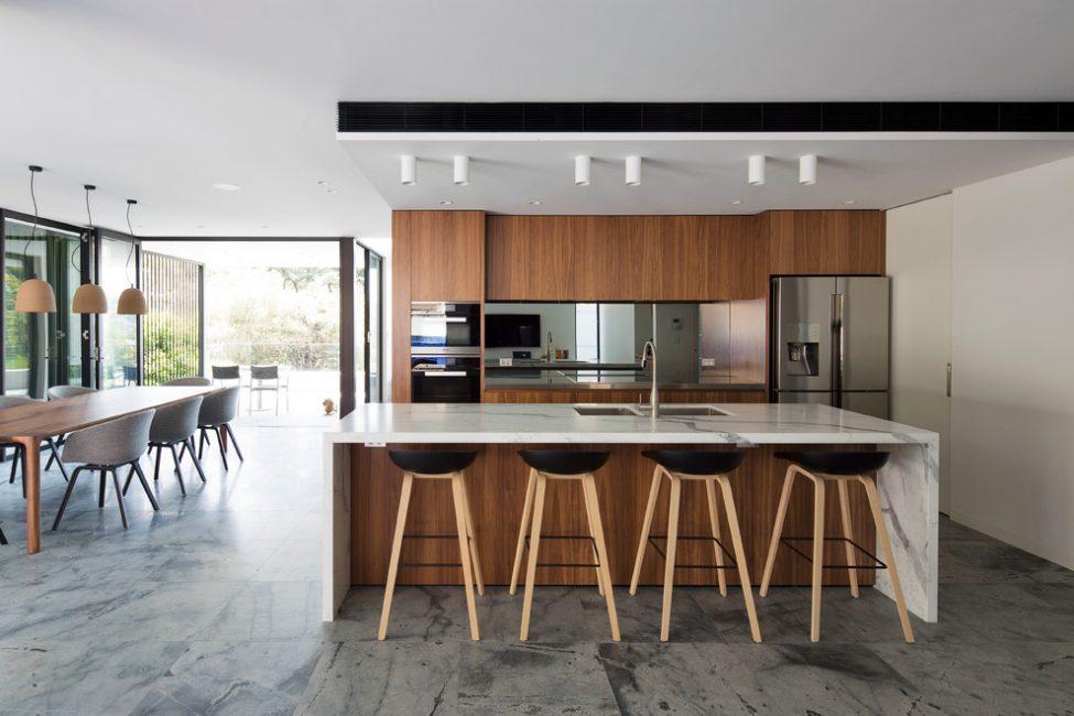 Покрытие потолка должно соответствовать особенностям этого помещения