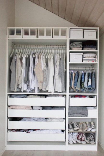 Стандартный вариант шкафа в прихожей