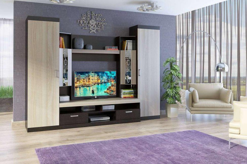 Часто покупают мебель на заказ, чтобы она вписалась в отведенное место