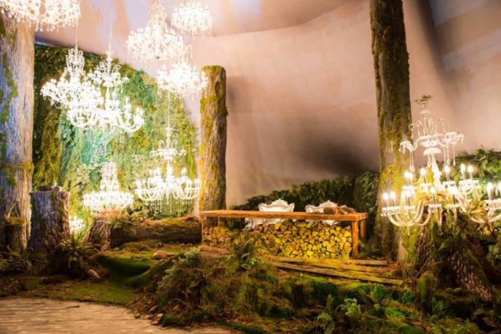 Зона для фотосессии - необходимое место для тематических свадеб