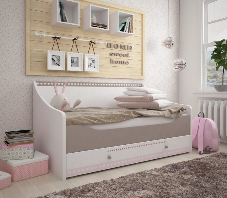 Кровать, которая превращается в диван