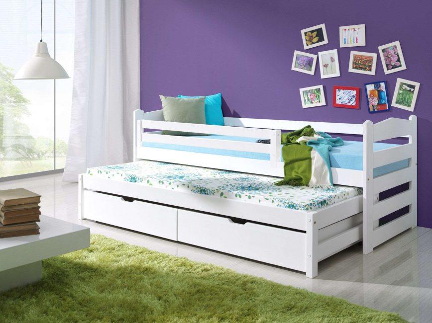 Очень удобная раздвижная кровать с бортиками для детей старше 3-х лет
