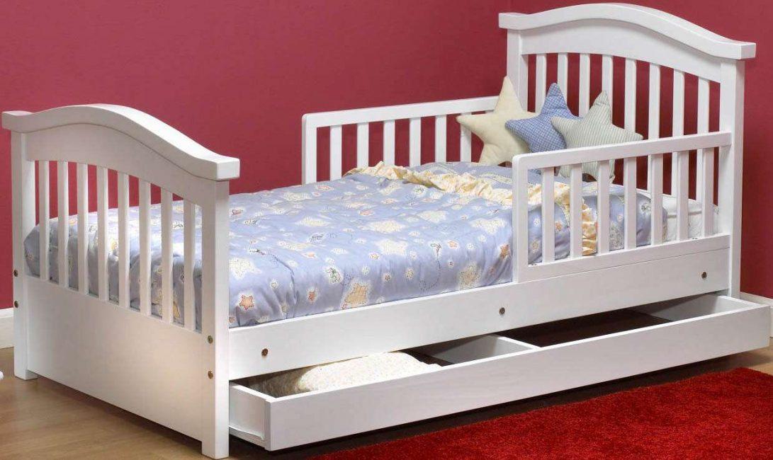 Продумайте все до мелочей, выбирая кроватку для своего ребенка