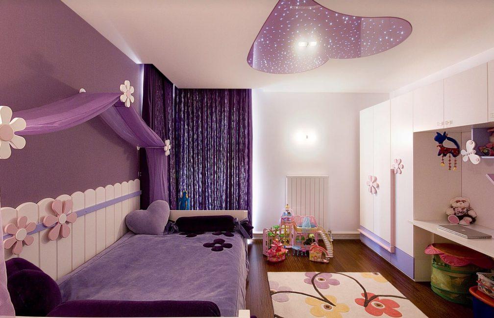 idei-dekora-detskoj-shtorami-131-1008x650 Шторы для детской комнаты девочек (77 фото): идеи готовых занавесок и тюли в спальню до подоконника