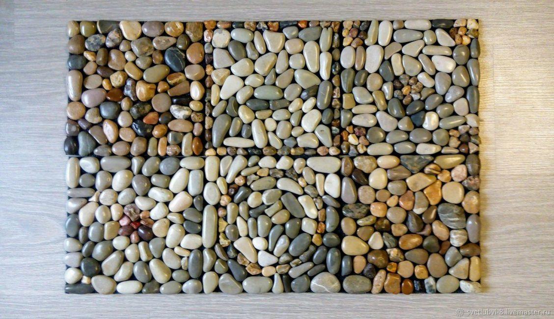 Коврик для ванной из камней напомнит о море