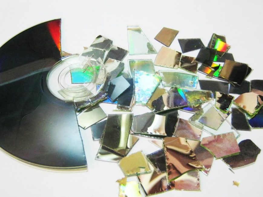 Нарезаем на кусочки компакт-диск