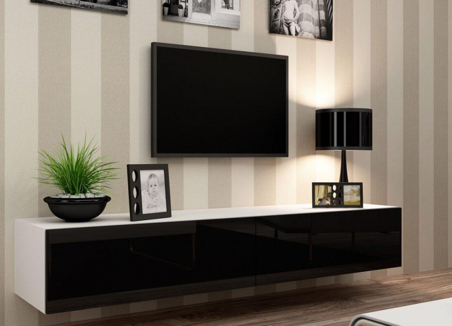 Размер консоли прямо связан с размером телевизора
