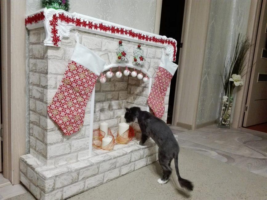Игрушки и украшения для рождественского очага