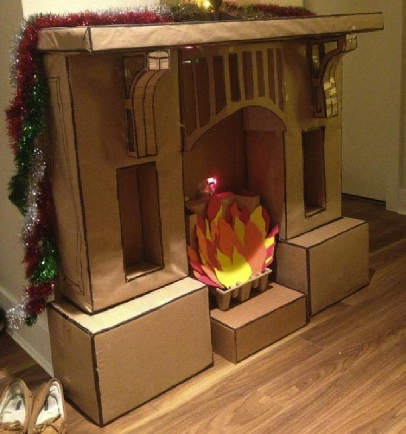 Рождественский олень из картона