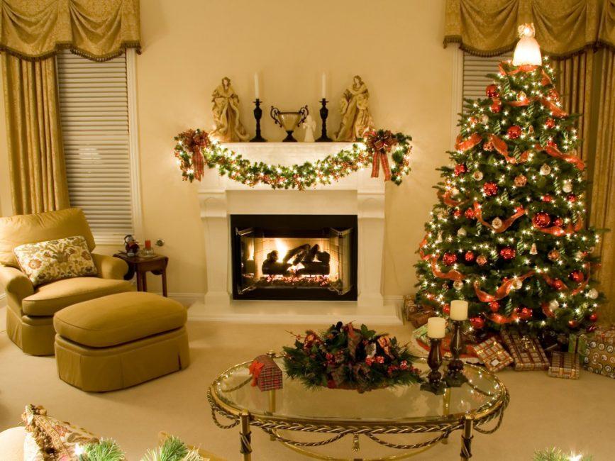 Рождественский пристенный