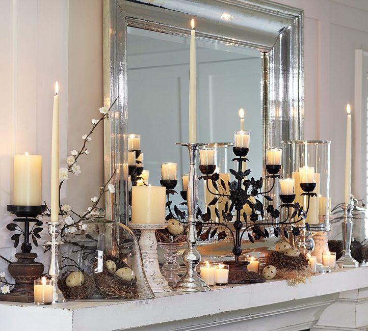 Украсят дом и тематические композиции из свечей
