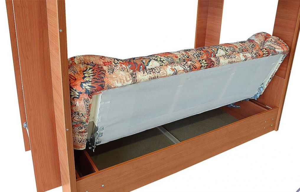 Диван-книжка в конструкции двухъярусной кровати