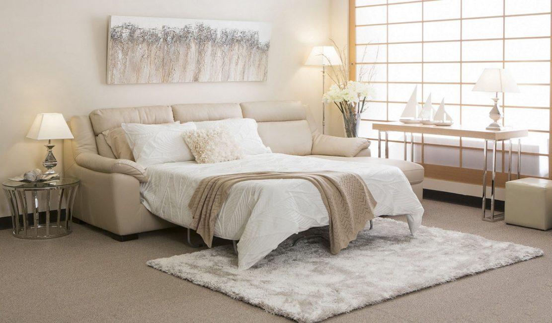 Когда с мягкого дивана можно получить не менее удобную кровать