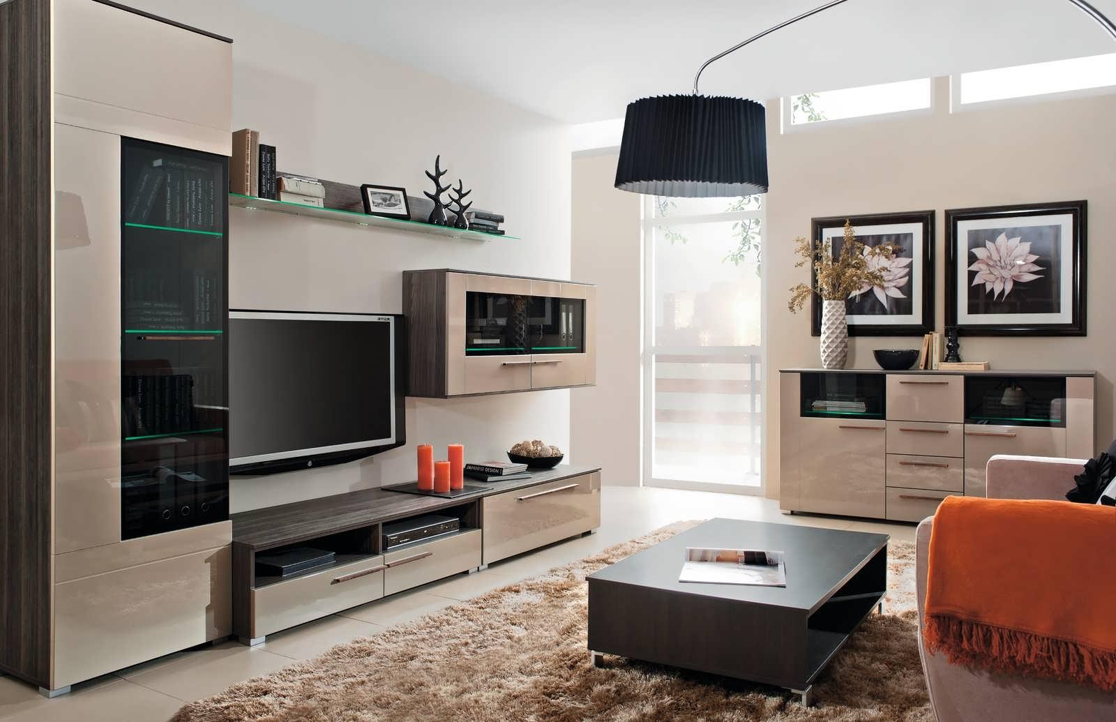 Мебель стенки горки в интерьере гостиной фото