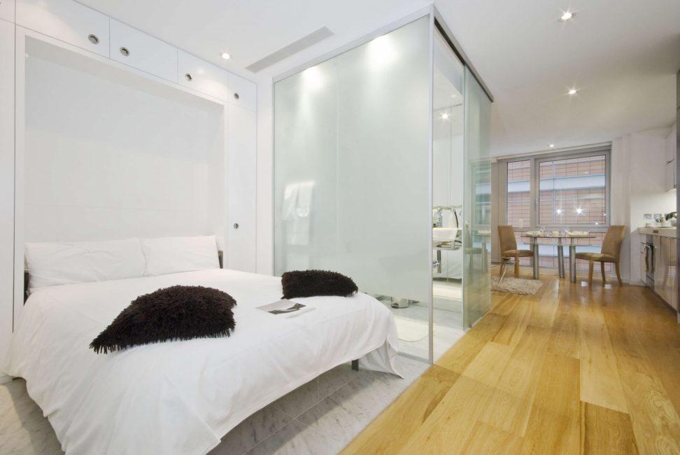 Светлые тона идеальны для однокомнатной квартиры