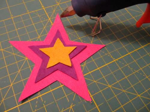 Соедините три звезды вместе