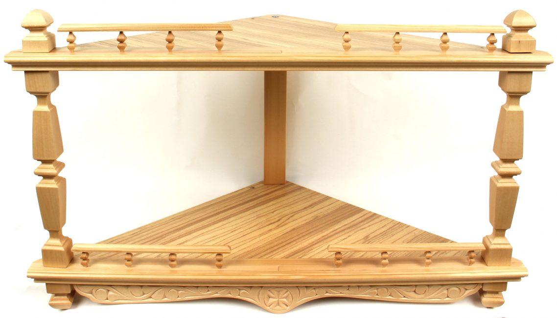 Деревянная угловая конструкция