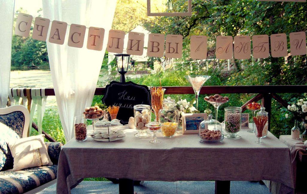 Оформление на льняную свадьбу