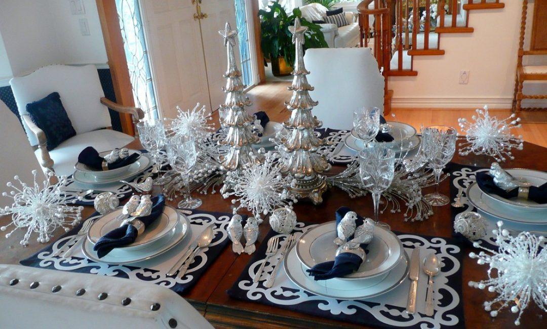 Серебристо-синие оттенки в тему праздника