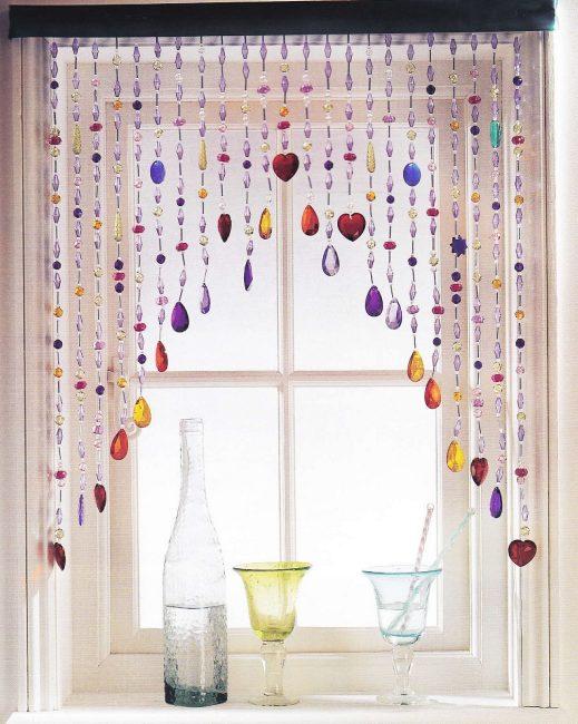 Необычный ламбрекен на окно