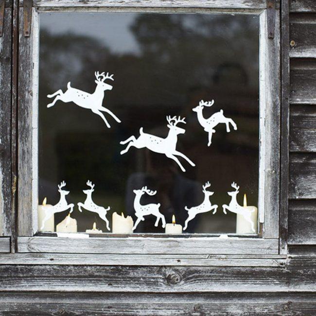 Фигурки оленей - символ Рождества