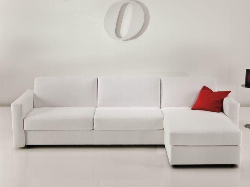 Диван-кровать экономный способ поместить спальное место в студии