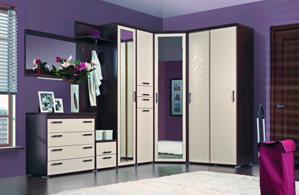 Фиолетовый один из цветов стиля модерн