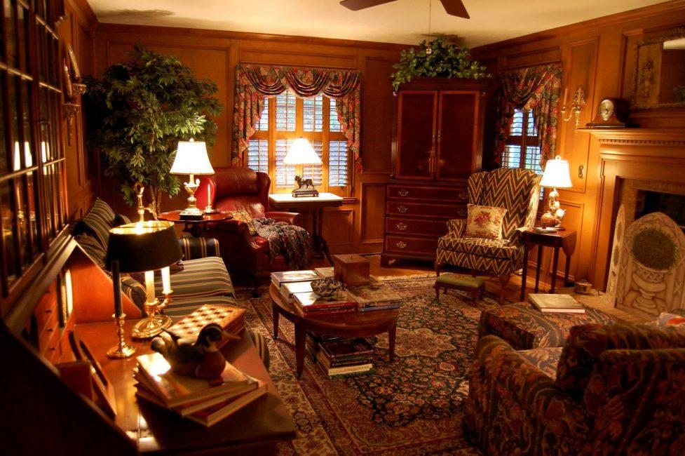 Используйте деревянную мебель из дорогих пород