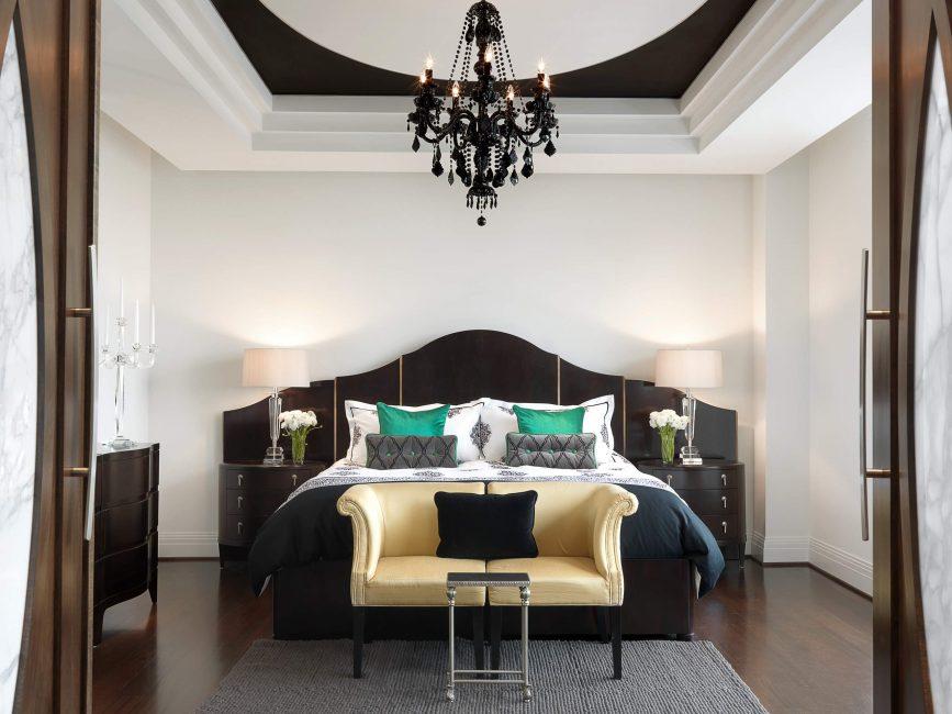 Выразительный элемент в спальне