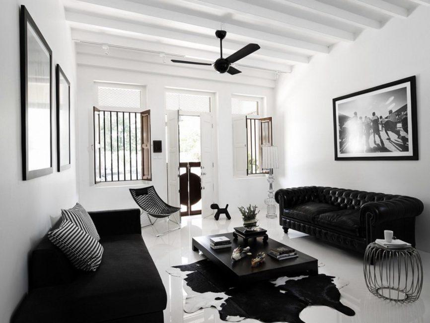 Для потолка используйте светлый нейтральный цвет