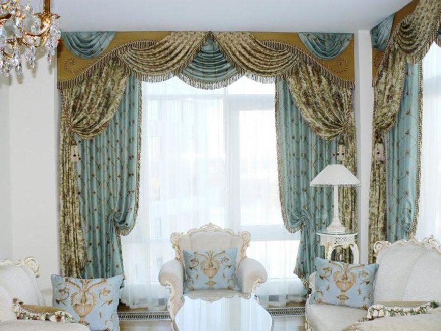 Выбирайте шторы в историческом стиле
