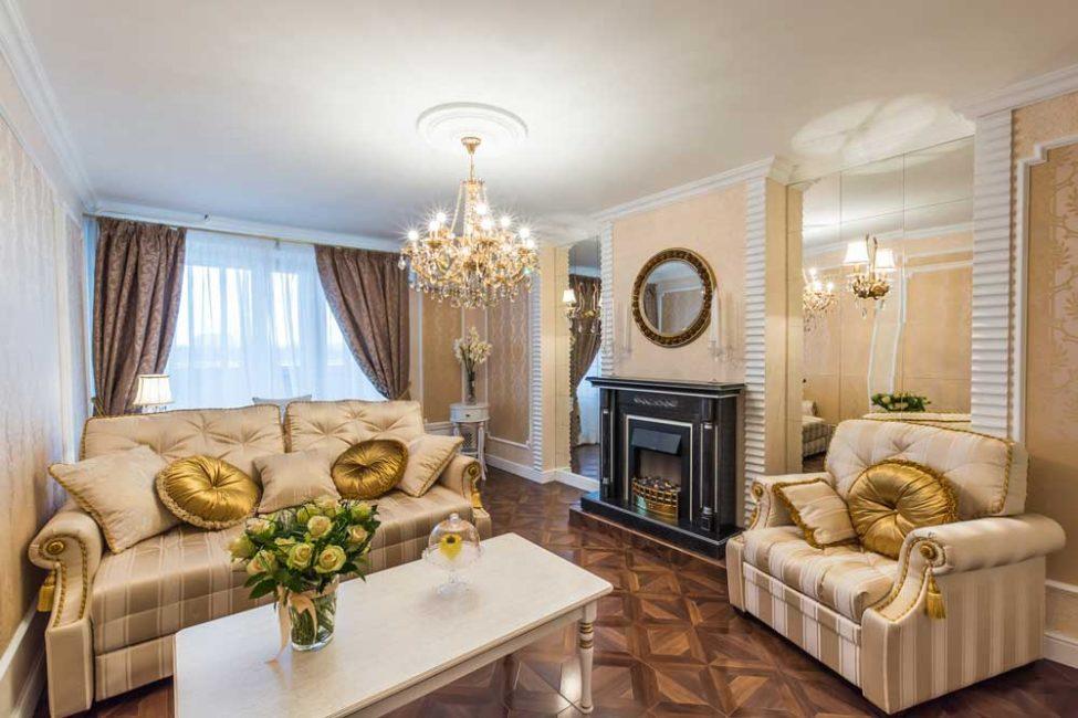 Обивка данной мебели тоже должна быть дорогой и удобной