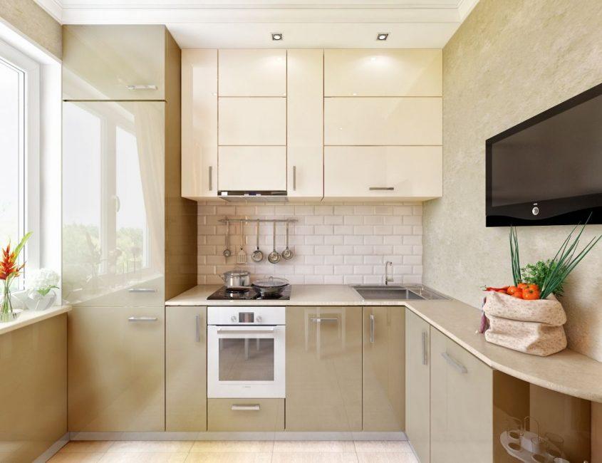 При продуманной расстановке мебели и техники даже в небольшой кухне можно разместить все необходимое