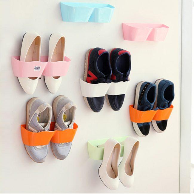 Специальные вешалки в шкаф, как альтернатива для хранения