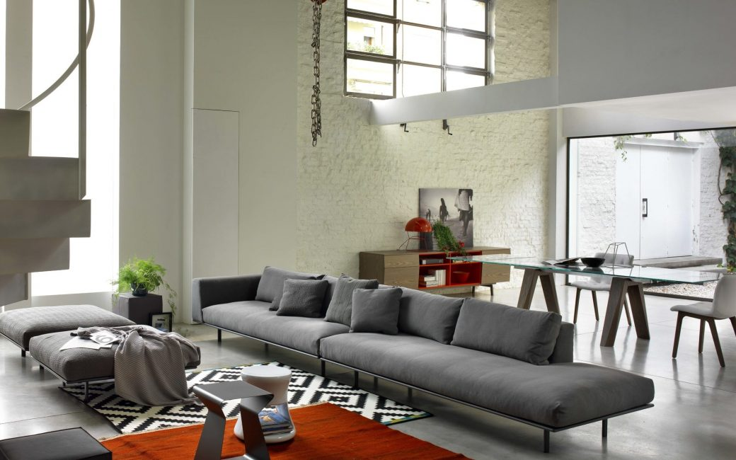 Мебель нужна модная, функциональная